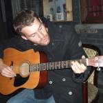 Christoph und seine Gitarre